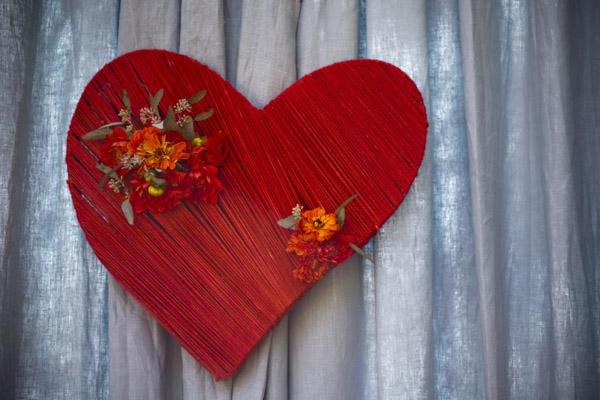 DIY Heart centrepiece